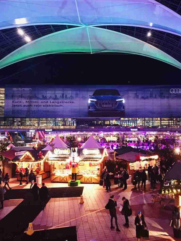 שוק כריסמס בנמל התעופה מינכן