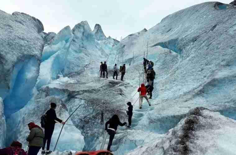 קרחון בנורבגיה. צילום: יוסי קינר