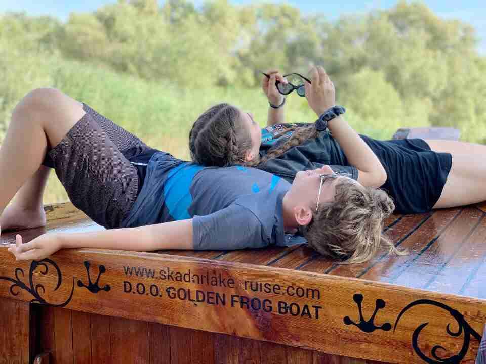 מונטנגרו - שייט באגם סקאדר Golden Frog Boat