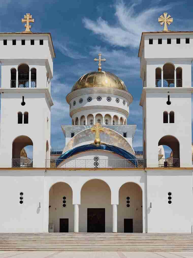 קתדרלת סנט ג'ון ולדימיר, העיר בר, מונטנגרו