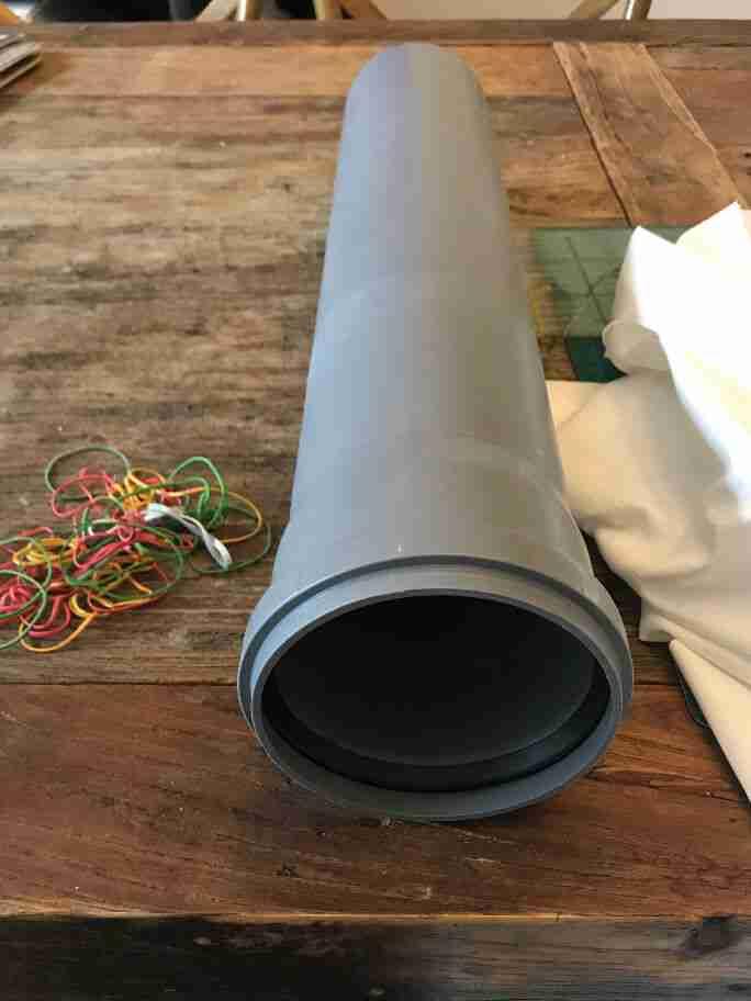 גליל פלסטיק לגילגול בד לצביעת שיבורי