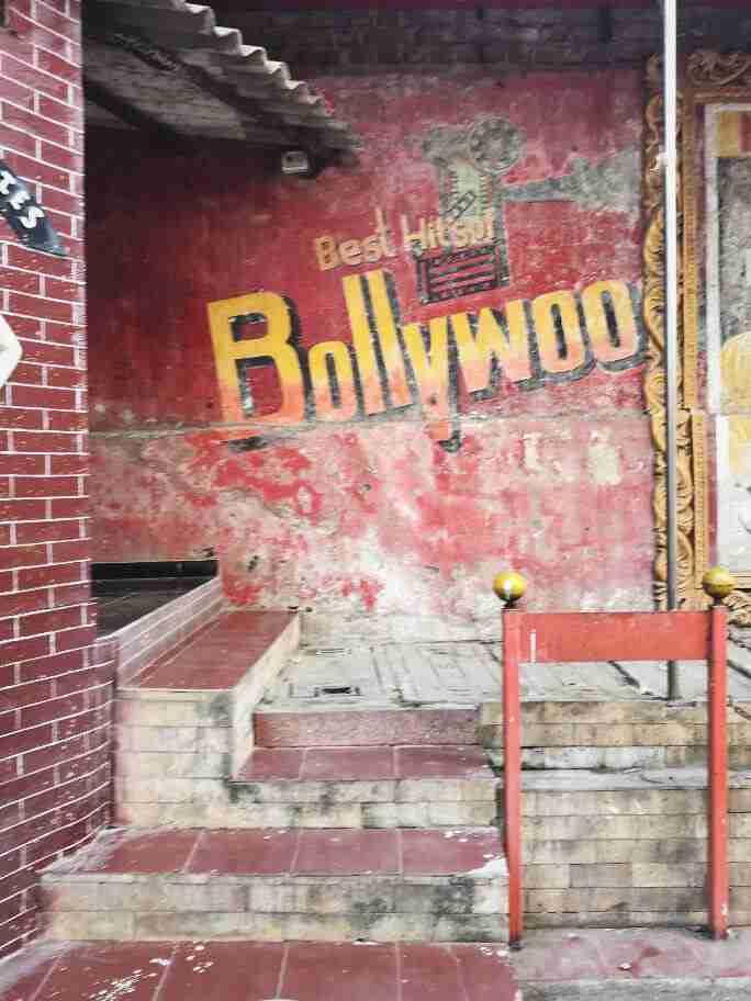 פרסומת לסרט בוליווד, מומבאי