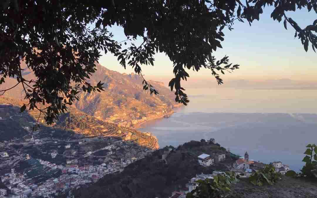 כחול של גלויה וצהוב של לימונצ'לו – דרום קסום באיטליה