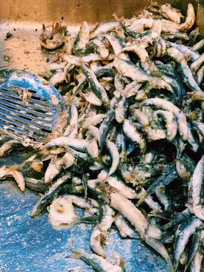 מאכלי ים בטיילת של זאדאר