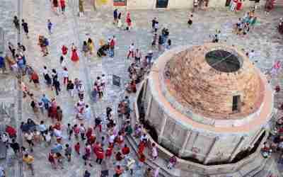 מחומות אבן ועד עולם פנטזיה – על ספליט ודוברובניק