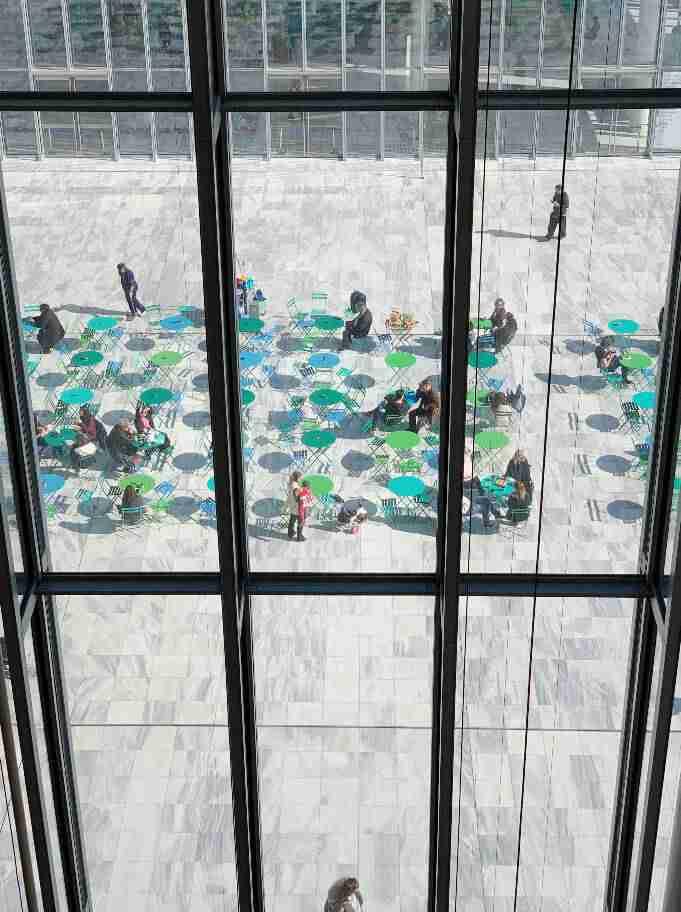 """מרכז התרבות החדש """"סטברוס ניארכוס"""" - אקרופוליס חדש באתונה. אולם האופרה"""