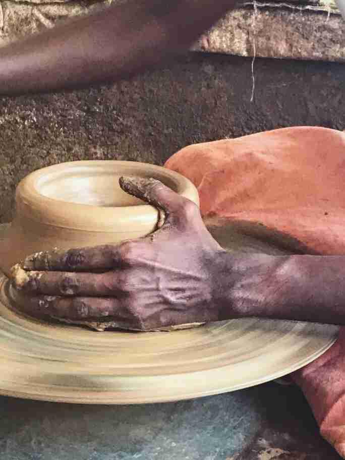עבודה על אבניים - אומנות ואמונות בהודו