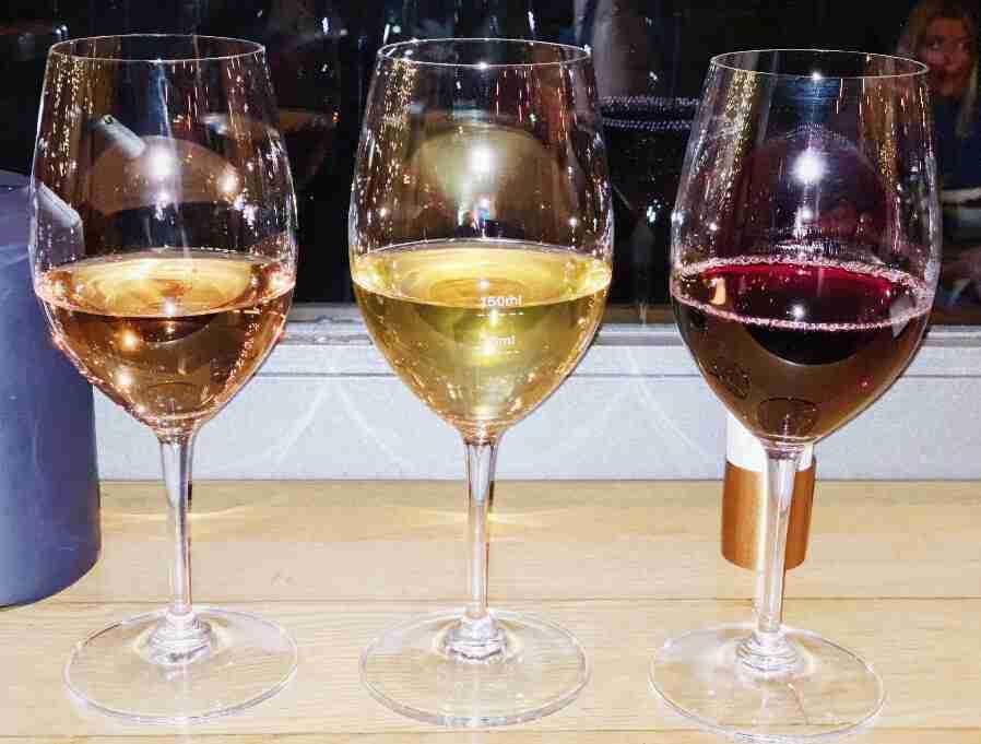 בר יין, אתונה