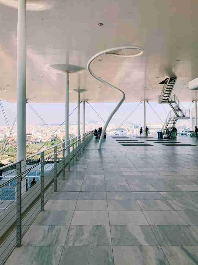 """מרכז התרבות החדש """"סטברוס ניארכוס"""" - אקרופוליס חדש באתונה"""