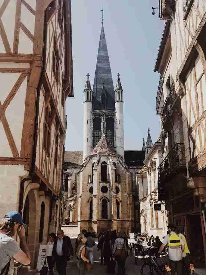 חופשה בצרפת - העיר העתיקה דיז'ון