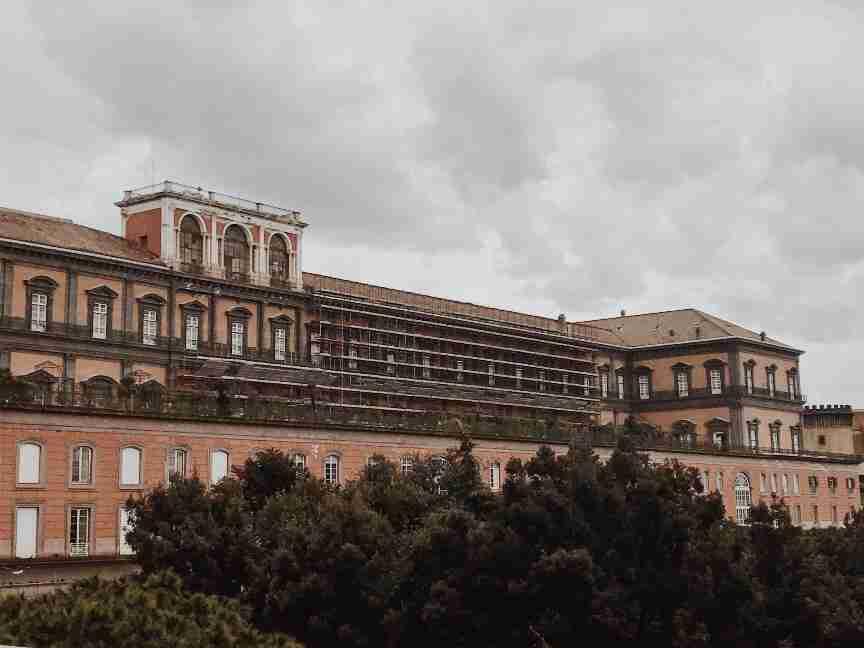נאפולי - הארמון המלכותי Palazzo Reale