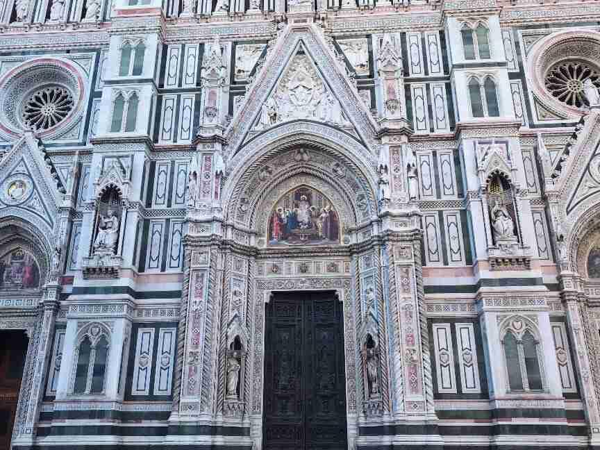 חזית הדואומו של פירנצה - קתדרלת סנטה מריה דל פיורה