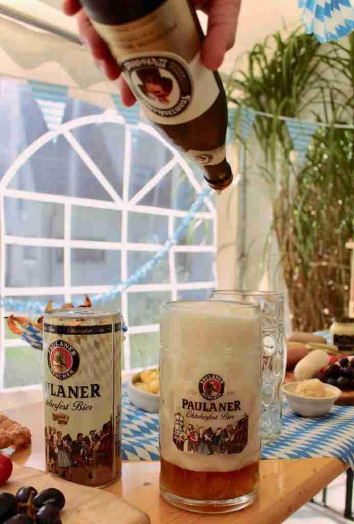אוקטוברפסט סוכה - הפקה בייתית מצולמת. הרבה בירה