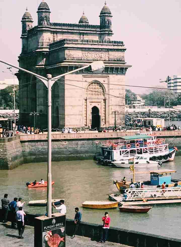 מבט לעבר השער להודו, מומבאי