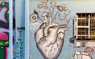 על אמנות רחוב, גרפיטי ושאר ריסוסים באתונה הצבעונית