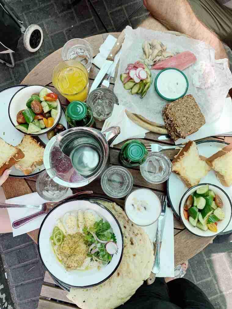 מסעדת יום טוב שוק הכרמל